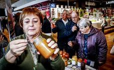 Un stand de rica miel en Abastos