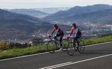 Las ciclistas del Bizkaia enseñan la Bilbao-Bilbao