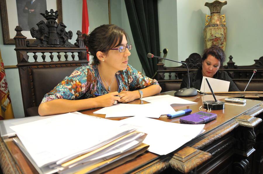 El tripartito jarrero decide prescindir de los servicios de su secretaria municipal