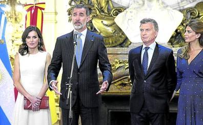 Accidentado viaje de los Reyes a Argentina