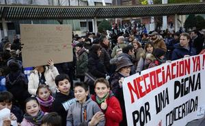 Asociaciones de familias de la red concertada convocan para el sábado una manifestación en Bilbao