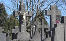 Mirando tumbas