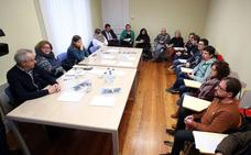 Los sindicatos convocan a patronal y Educación al Consejo de Relaciones Laborales para buscar una salida al conflicto