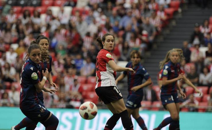 Las mejores imágenes del Athletic-Levante en San Mamés
