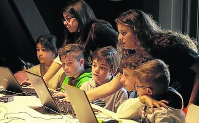 La pasión por la ciencia y la ingeniería se abre camino entre las más jóvenes