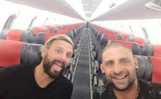 Un avión para ellos dos solos