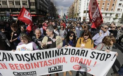 Los colegios cumplen hoy 20 días de huelga mientras patronal y sindicatos elevan su pugna