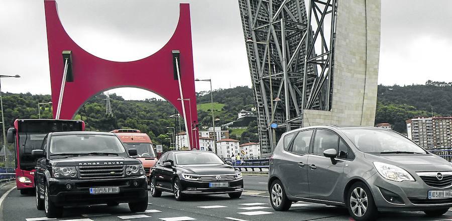 Las empresas de coches eléctricos compartidos quieren entrar en Bilbao