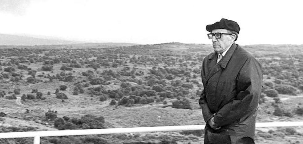 El padre de Sánchez Ferlosio y su polémico paseo en Bilbao