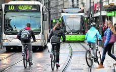 El transporte público supera en Vitoria los 24 millones de viajeros al año, el doble que hace una década
