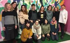 Mujeres creadoras exponen sus diseños únicos 'made in Bilbao' en el Casco Viejo