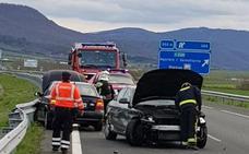 Tres hospitalizados por un choque en la localidad alavesa de San Millán
