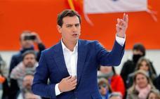 Rivera llama a votar al grito de «¡Vamos Ciudadanos!» para derrocar a Sánchez