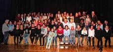 El encuentro 'Gorbeialdea Musikaz Blai' de Izarra reunió a más de 150 músicos