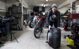 El mecánico de Sestao que fabrica motos desde cero