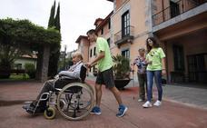Jóvenes voluntarios dinamizarán el verano a los mayores de Lekeitio