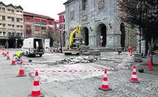 «Prueba piloto» para arreglar el suelo de la Foru Plaza de Orduña