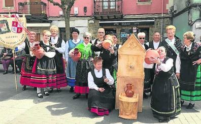 Basauri celebra con una comida de hermandad el día de Castilla y León