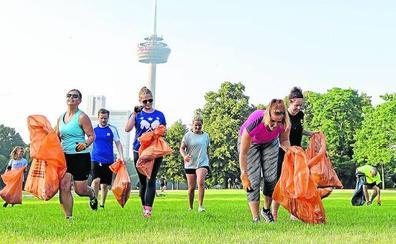 Bilbao se suma a la moda del 'plogging'. Correr sin parar... y recoger basura