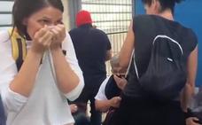 La Guardia Civil reconoce por primera vez que usó gas para acceder a los colegios el 1-O