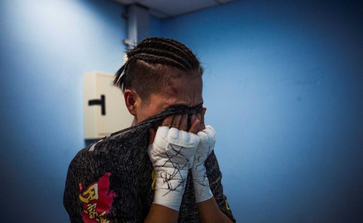 La boxeadora Huang Wensi a por el título supermosca tras ser madre