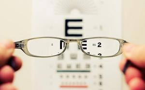¿El seguro médico cubre la operación de miopía?