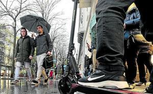 Bilbao quiere retirar este año todos los patinetes eléctricos de las aceras