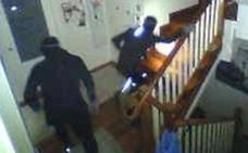 Un botín de 70.000 euros en 4 minutos: así roban los pisos en Bizkaia