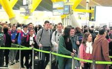 Aeropuertos y estaciones de tren empiezan su particular vía crucis de huelgas en Semana Santa
