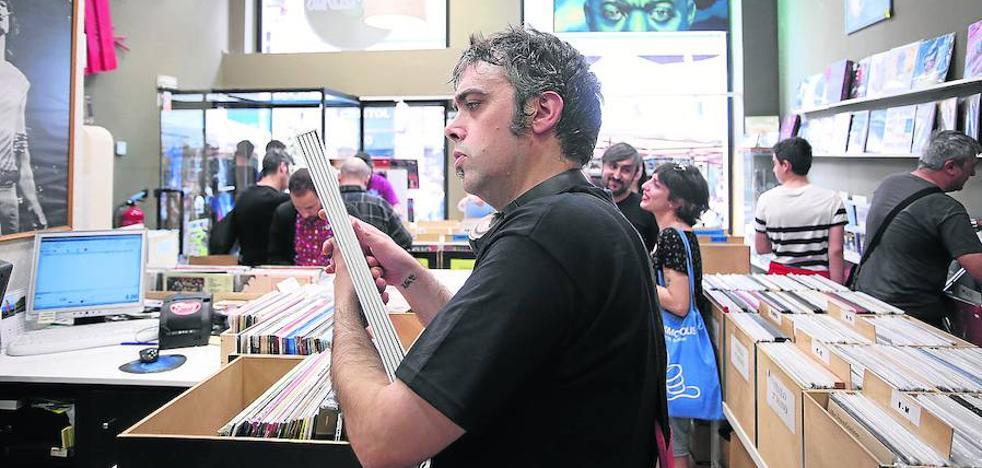 Las tiendas de discos vascas celebran hoy su fiesta