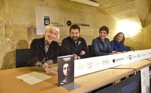 Yoseba Peña eta Katharina Winkler idazleek Zilarrezko Euskadi saria jaso dute