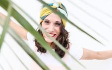 Yanire y la firma de turbantes que creó al superar un cáncer