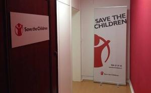 Gasteizko Francisco Vitoria domina emango diote Save the Children erakundeari, haurren alde egindako lanagatik