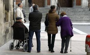 70.000 euros para profesionalizar a los cuidadores de personas dependientes en Álava