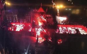 Arden un símbolo de Francia y ocho siglos de historia de Europa