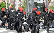Bilbao cifra en 13.000 euros los daños registrados en los incidentes por el mitin de Vox