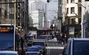 328.000 vehículos en Euskadi tienen 16 o más años, un 30% del parque móvil