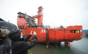 Zamakona bota un innovador buque para el mantenimiento de molinos en alta mar