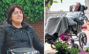 Dos enfermos de ELA, a favor y en contra de la eutanasia