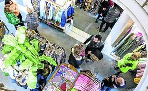 Servicios mínimos en el comercio vitoriano por Semana Santa