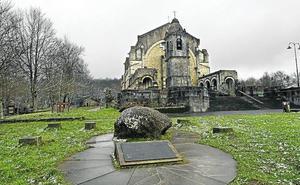 Denuncian el abandono del entorno del santuario de Urkiola