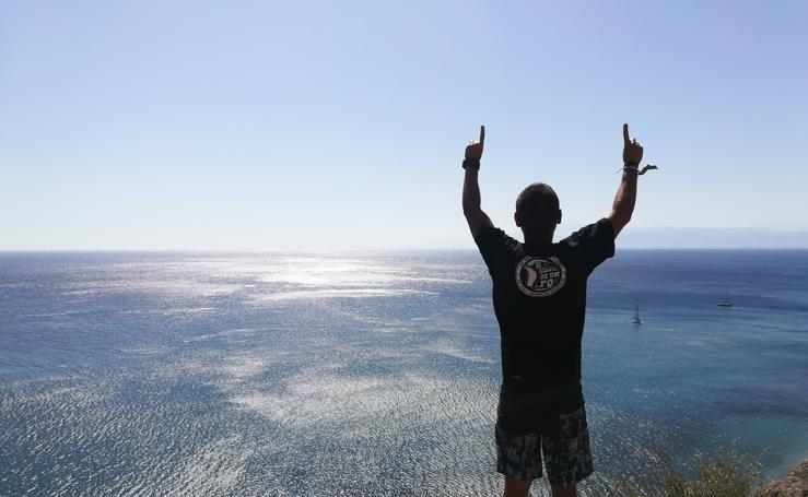 Así es la vida de Jonatan Fernández, el bilbaíno con fibrosis que pretende completar cuatro triatlones