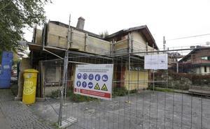 Vecinos de Neguri denuncian el estado «sucio, ruinoso y decadente» de la antigua estación