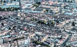 Una quincena de casas pagan más de 1.500 euros anuales de IBI en Vitoria