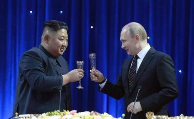 Kim Jong-un arremete contra EE UU durante la cumbre con Putin