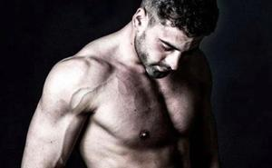 Un ex de Gran Hermano lucha por el título de modelo más guapo del mundo