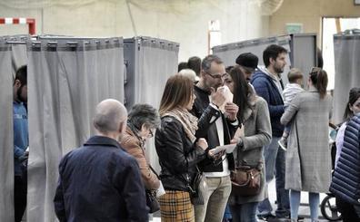 Piden paralizar el escrutinio de dos mesas en Vitoria por adelantarse con el voto por correo