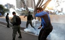 El Gobierno español «no respalda ningún golpe militar»