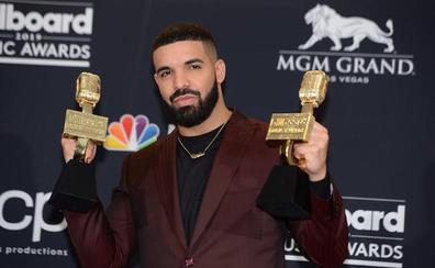 Drake triunfa en los premios Billboard Music Awards con 12 galardones