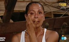 Isabel Pantoja suplica abandonar 'Supervivientes' entre lágrimas